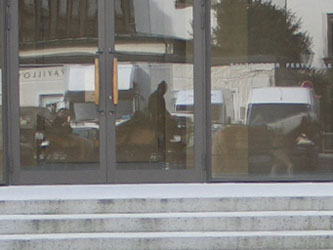 20070422_ponyreflection