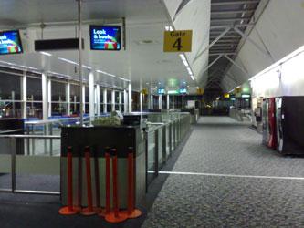 20071201_emptyairport